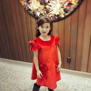 *FREE DELIVERY to WM only / Pre order 14 days* Kids velvet dress each as shown design/color red, pink. Free delivery is applied for this item.