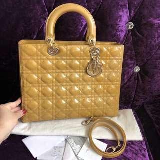 9新真品 不陪验 Dior 7格戴妃包 配件如图 3万多购入
