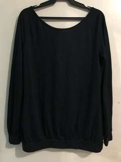 Black Long-sleeves (M-L)