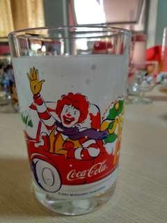 麥當勞可口可樂杯