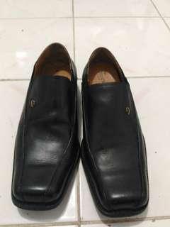 Sepatu Kulit Buccheri