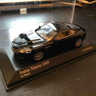 Minichamps 1:43 Aston Martin DB9