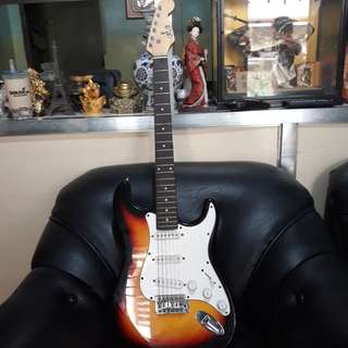 Electric Guitar 2nd Hand