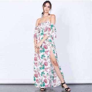 🌷off shoulder maxi with slit