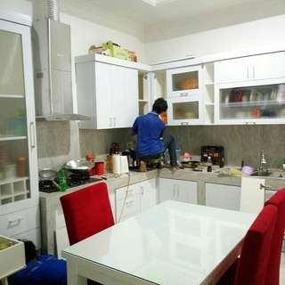 Kitchen sett, lemari pakaian, lemari baju, backdrobe TV dll