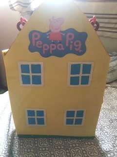 Peppa pig original doll house