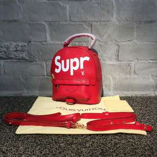 Supreme Bagpack
