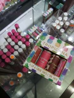 Tropicana limited edition lipset