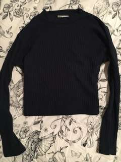 L/S crop navy top
