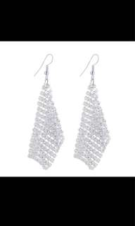 EARRINGS IMPORT FROM CHINA