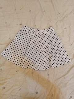 🚚 圓點點褲裙