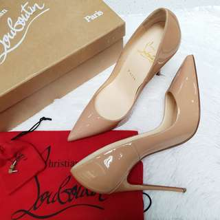 BRAND NEW LOUBOTIN SO KATE HIGH HEELS S37 1/2