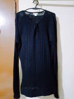 Comfortable Black Top with Sleeves