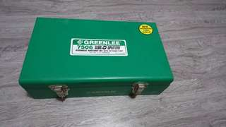 Knock out kit Greenlee 7506 Knockout Punch Kit With Hydraulic RAM & Hand Pump (clearance)