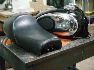 Puch tank and customise seat