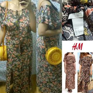 H&MOn/Off Shoulder Paisley Maxi with slits
