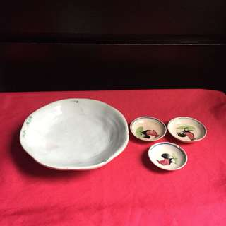 Vintage bowl and saucers
