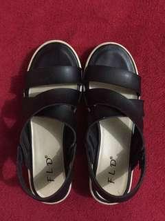 Faldeo cross sandal's