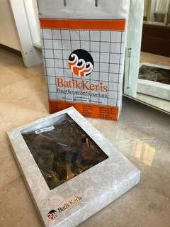 Batik Keris NEW in box and bag