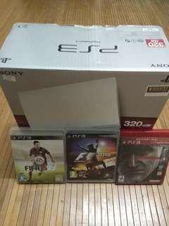 PS3 Slim + 3 Games