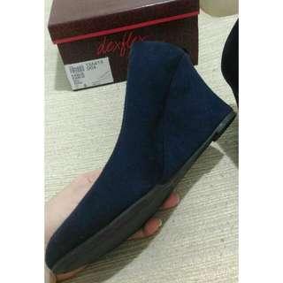 Sepatu Wedges Suede