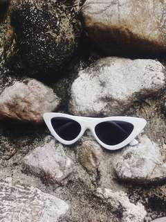White Cat Eye Sunnies