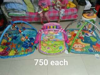 Preloved playgym 750 each