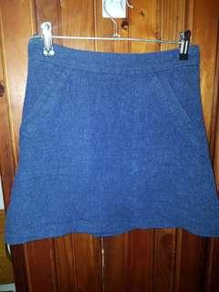 Glassons size 6 linen skirt