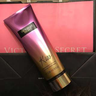 Victoria Secret Kiss Lotion