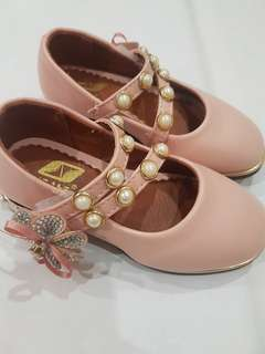 Girls cute pink princess shoes