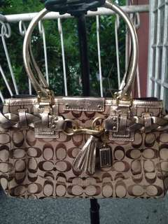 Coach Hampton Signature Carryall bag