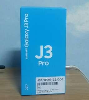 🚚 100% New Samsung Galaxy J3 Pro 3G+4G Dual Sim Gold