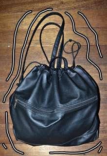 Parisian black bag (String bag type)