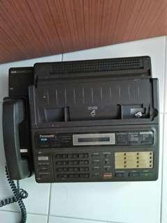 VINTAGE PANASONIC TELEPHONE
