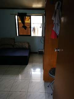 Room for rent in cubao 2-3 person ladies or male