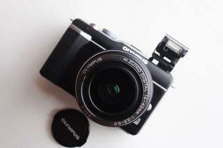 Olympus Epl1 with 14-42mm kit lens