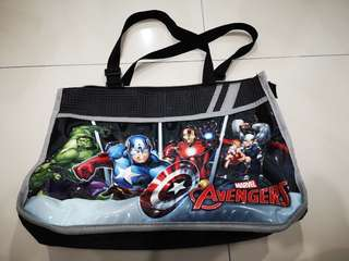 Avengers shoulder bag for kids
