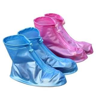 Rain shoes w/ zipper