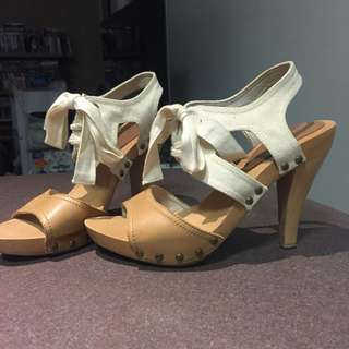 Witchery Lace up summer heeled sandals - Size 8