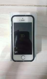 Iphone 5s 16GB Fullset Lock Icloud