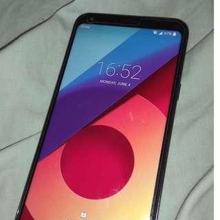 LG Q6 Smart phone