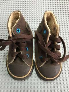 Converse brown chuck taylor shoes for babies