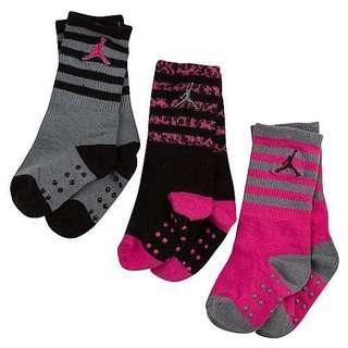 🚚 全新國外購回 Jordan 女寶 童襪 6-12m