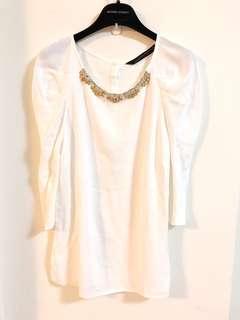 🚚 西班牙【ZARA】白色水鑽寶石飾領上衣S
