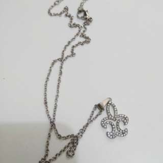 Royal Lily Necklace