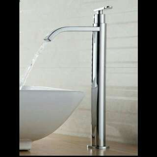 tap for table basin with water pipe