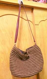 🚚 編織咖啡色肩背包