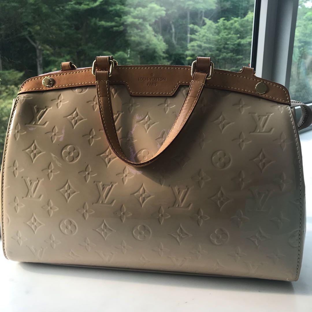 05718fa950 Authentic Louis Vuitton Vernis Brea Bag