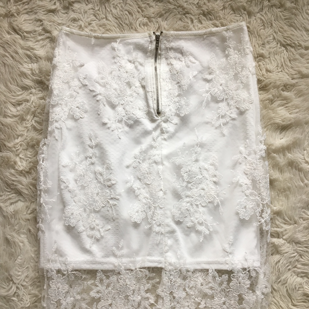 Crystal Lace Midi Skirt Size 6