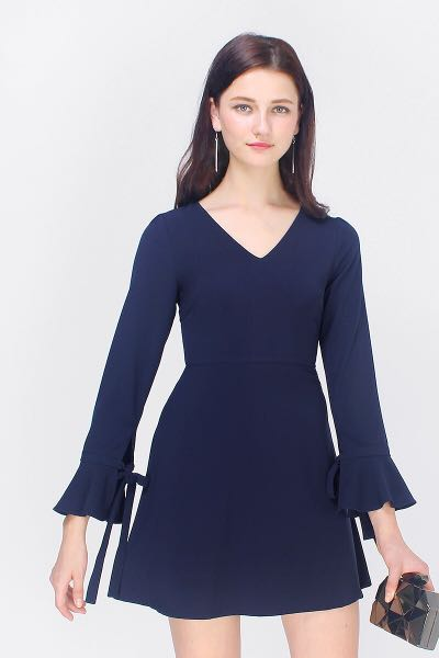 Fayth Kimberly bell sleeved dress